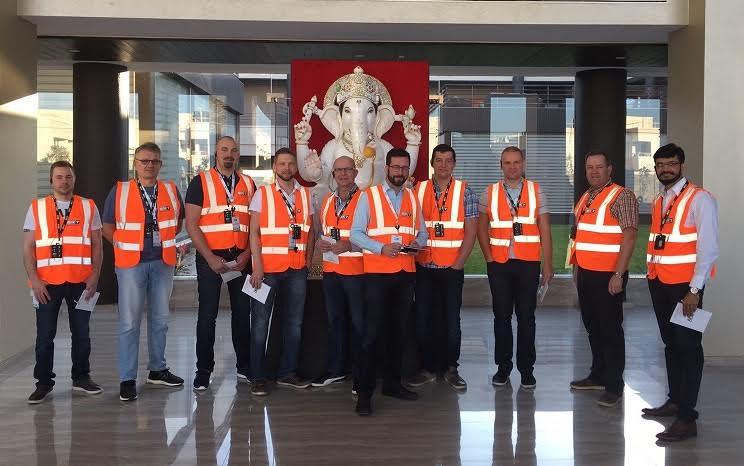 Gripen Wheels Finland åkte med kunder till BKT i Indien!