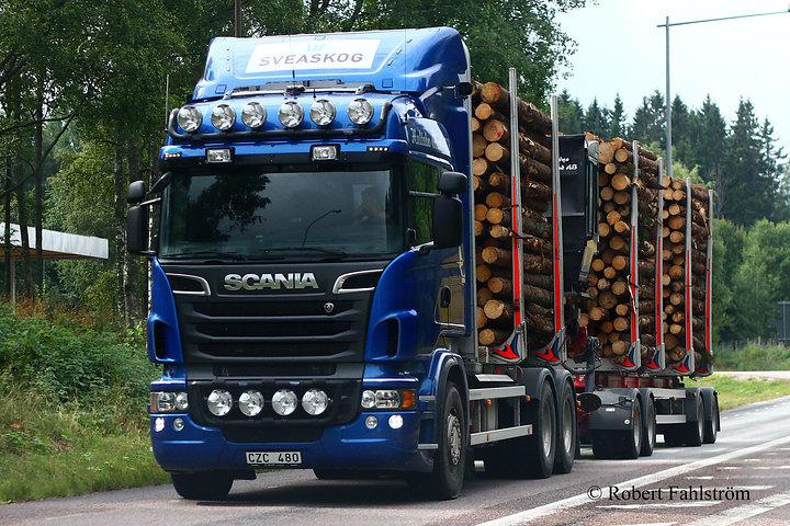 Däcktest på det grova lastvagnsmönstret Pirelli STG01!